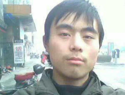 寻亲李海滨,28岁陕西省渭南市蒲城县人。2011年失踪至今
