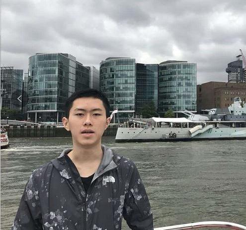 急寻广州岁男孩李劲良 越秀区地铁海珠广场站2018-3-28走失