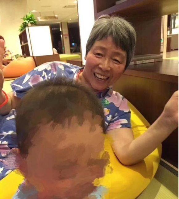 急寻上海老太王建萍在上海市宝山大华地区2018-4-2走失
