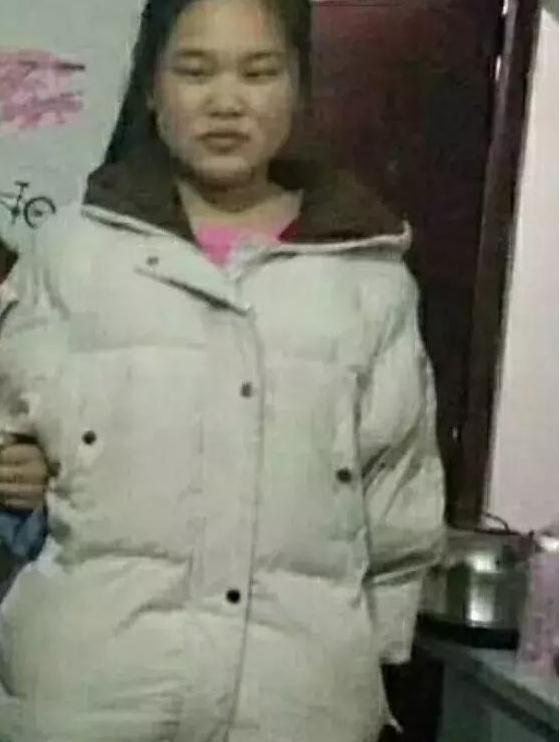 寻人上海女孩王雪梦2018-4-6浦东新区 暮紫桥川沙路创新路站走失