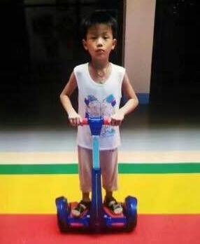 庄振威你在哪里?庄振威 男 8岁 2018-08-29骑儿童蓝色自行车失踪