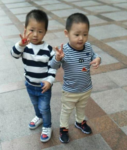 广州急寻5岁男孩带4岁弟弟走失,家人很着急望您提供线索