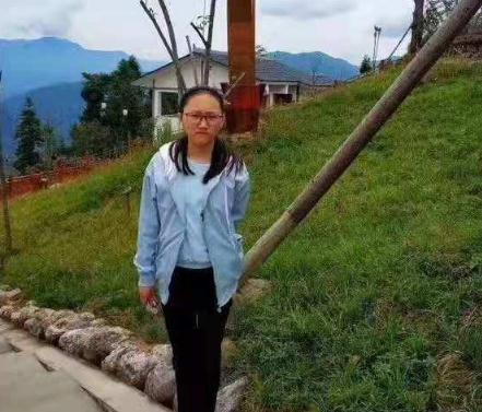 四川达州12岁女孩2018-11-11失联,穿粉色棉衣,白色鞋。望好心人留意